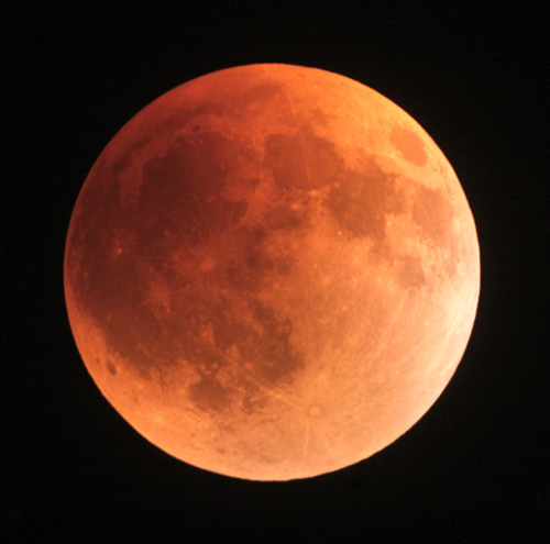 Lunar Eclipse – Use It To Boost Your Manifesting